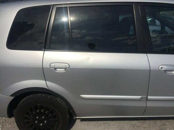 Mazda Premacy Tür hinten rechts komplett in satinsilber met. 22VCB3 2003 baujahr