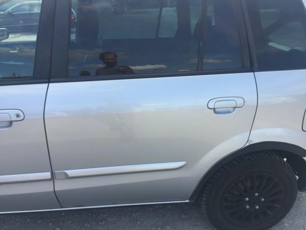 Mazda Premacy Tür hinten links komplett in satinsilber met. 22VCB3 2003 baujahr
