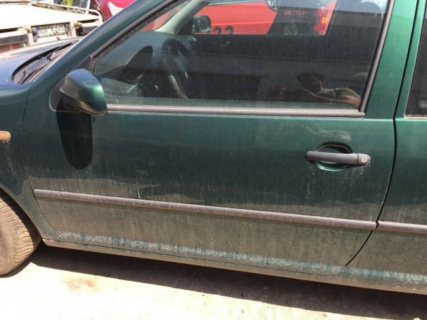 VW Golf IV Tür links komplett in dunkelgrün met. LC6M 3 Türig 1999 Bj.