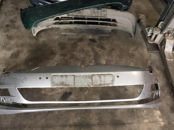 5C0807221 Stoßstange vorne VW Golf 7 VII mit PDC Waschdüsenloch in silber