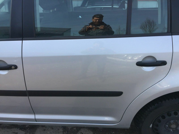 VW Touran 1T Tür hinten links komplett in LA7W reflex silber 2006 Baujahr
