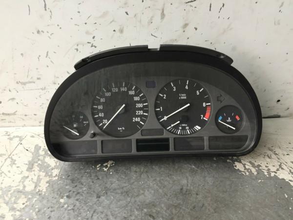 110008735/031 110.008.735/031 BMW E39 520i 1999 Baujahr