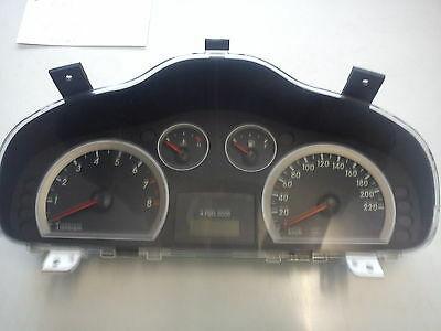 9400326120/20028570/6480.1080 B25 Tacho Hyundai Santa Fe Glas gebrochen