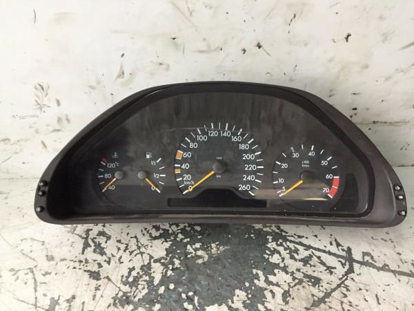 2105404248 Tacho Mercedes W210 E Klasse E320 benziner V6