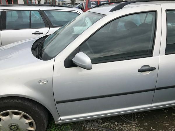VW Golf IV Variant 1.6 Kombi Tür vorne links in silber LB7Z Baujahr 2000