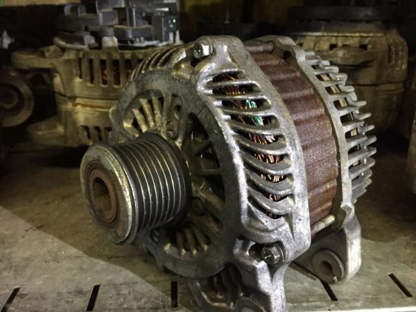 8200404464 Lichmaschine Renault Laguna Espace 2.0 DCI M9R760 127KW 210A