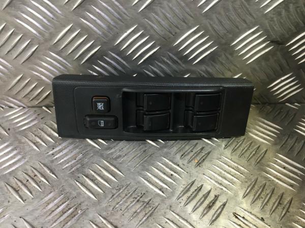 Fensterheberschalter Schalter Toyota Corolla Verso E12 84820-0F030