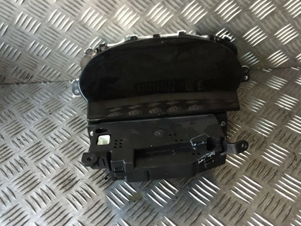 Tacho Toyota Yaris Verso P2 1.3 2NZ Motor 2005Bj. 83800-5C741 457300-2970
