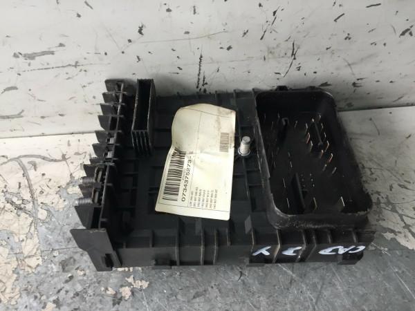 Bordnetzsteuergerät Sicherungskasten VW Caddy III 1.9 TDI 2K1937535AD