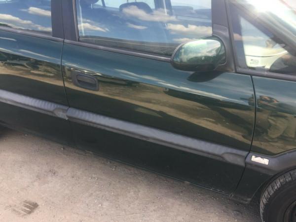 Opel Zafira A Tür vorne rechts komplett in dunkelgrün in Z359