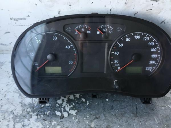 6Q0920820E Tacho VW 9N 1.9 TDI AXR Motor 74KW 2003 Baujahr