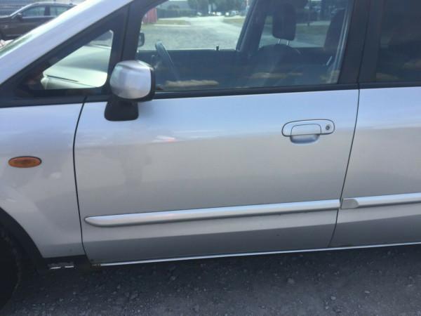 Mazda Premacy Tür vorne links komplett in satinsilber met. 22VCB3 2003 baujahr