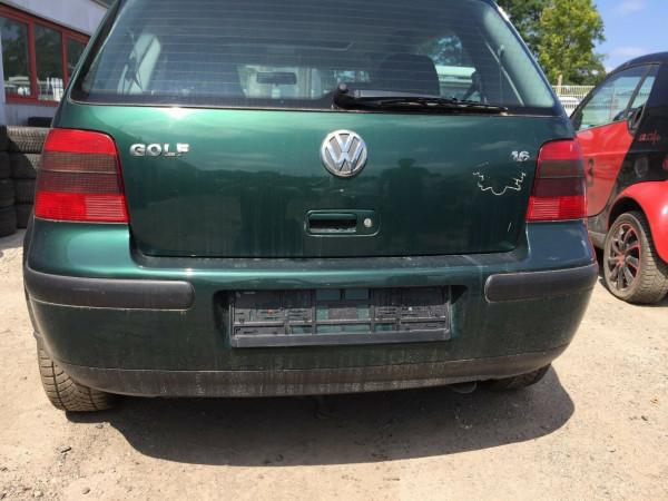 VW Golf IV Stoßstange hinten in dunkelgrün met. LC6M 3 Türig 1999 Bj.