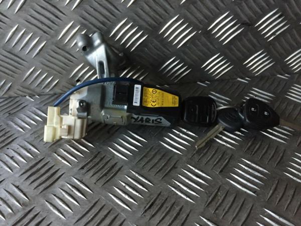 Zündschloß mit Schlüssel Toyota yaris verso p2 2005 Bj. 89783-52020 627727-000