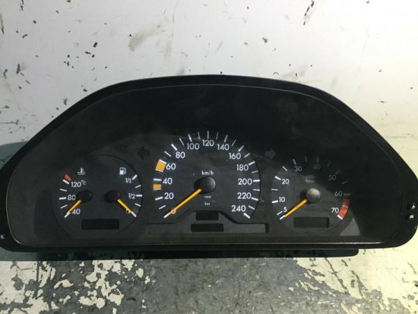 2025409347 Tacho Mercedes C-Klasse W202 C180 1998 Baujahr