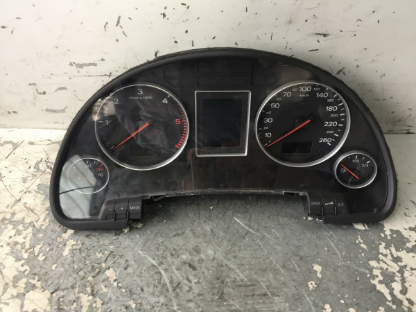 8E0920900K 0263626035D Tacho Audi A4 B6 2.5 TDI Automatik 2003Baujahr